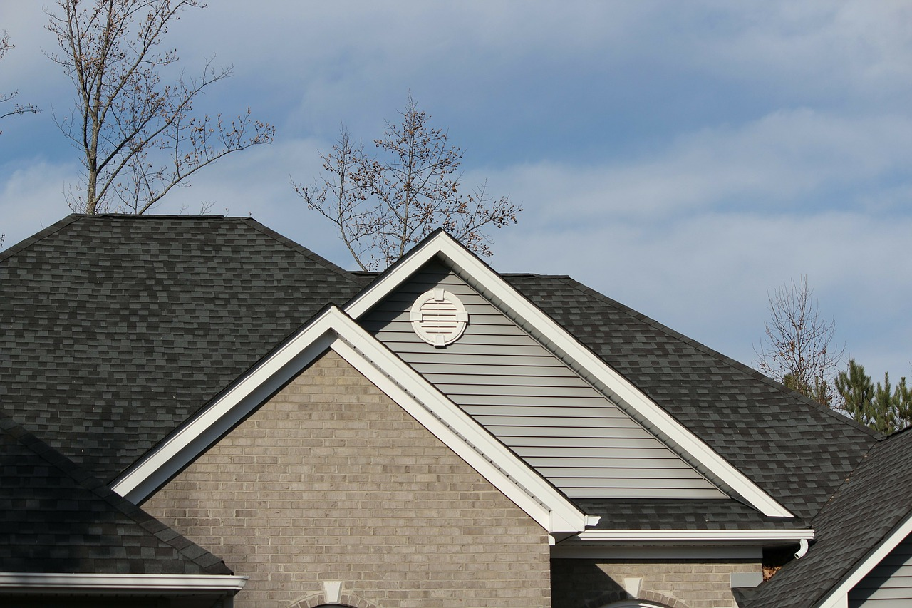 How to clean fascias and soffits
